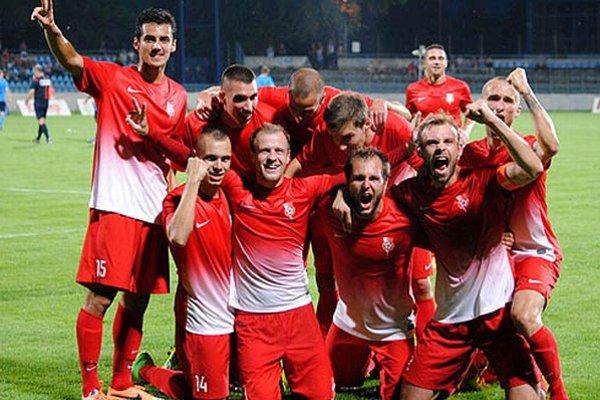 Seredčania sa v Nitre takto tešili po druhom góle.