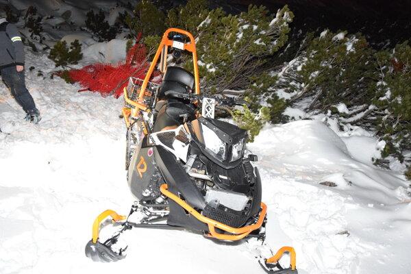 V lyžiarskom stredisku Srdiečko, Chopok - juh došlo k vážnemu úrazu. Zranil sa muž z Nových Zámkov.