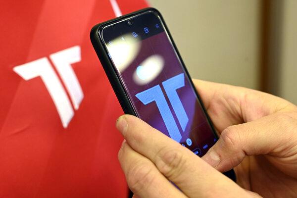 Nové logo AS Trenčín.