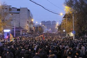 V Jerevane prebiehajú demonštrácie proti predsedovi vlády takmer na dennej báze.