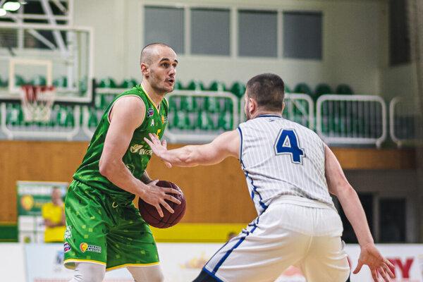 Najvýraznejšou postavou zápasu bol kapitán Levíc Šimon Krajčovič, ktorý ako prvý v sezóne dosiahol triple-double.