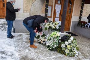 V Štrbe sa dnes konala posledná rozlúčka s gnerálom Miolanom Lučanským.