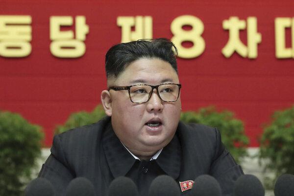 Kim Čong-un na zjazde strany.
