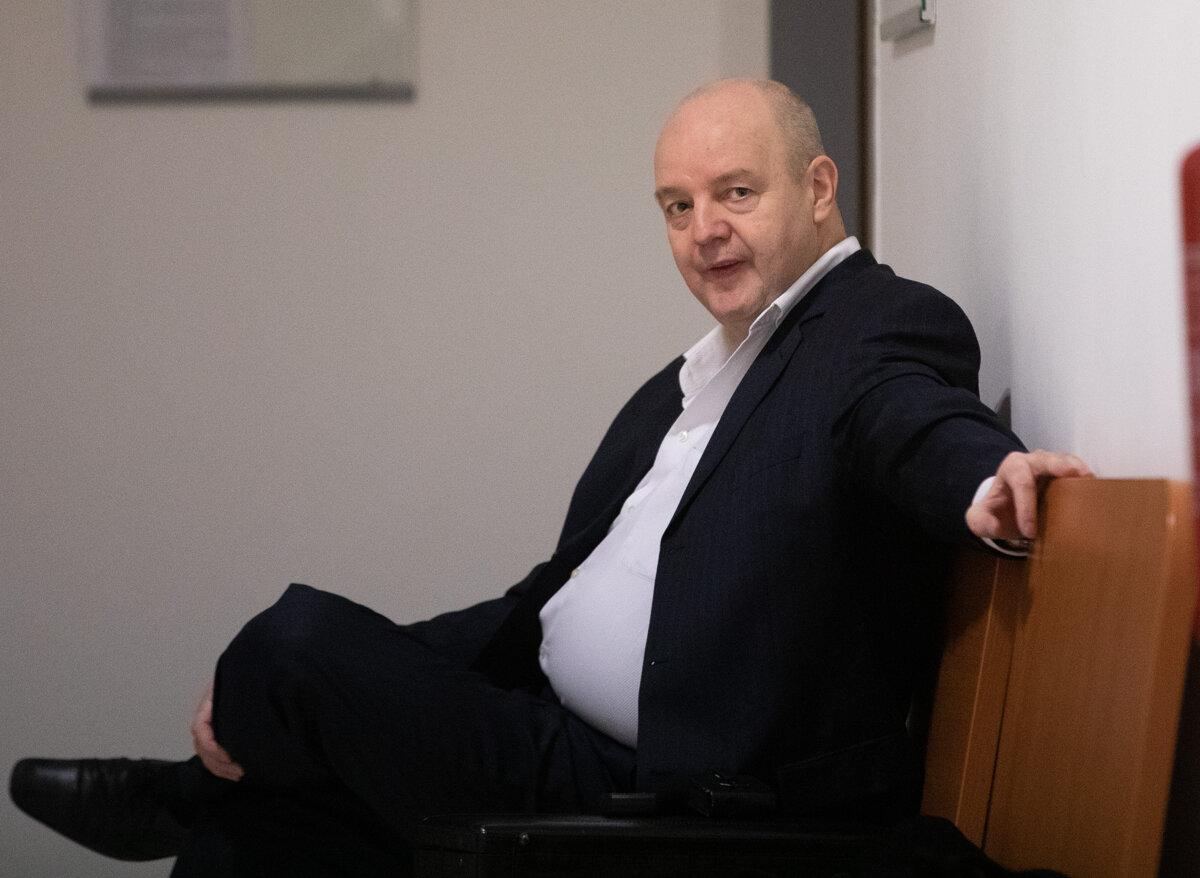 Súd zrušil pojednávanie v kauze objednávky vraždy Klaus-Volzovej - SME