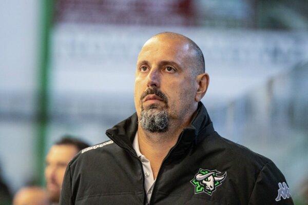 Dnes už bývalý trénere HC Nové Zámky Martin Hrnčár.