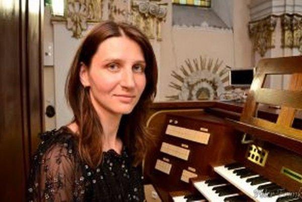 Nitrianska organistka v piaristickom kostole uvedie diela J. S. Bacha, J. Stanleyho, J. Rheibergera a P. Kolmana.