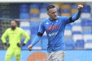 Piotr Zielinski oslavuje gól v drese SSC Neapol.