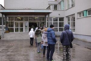 Prešovčania čakali v radoch približne 15 minút.
