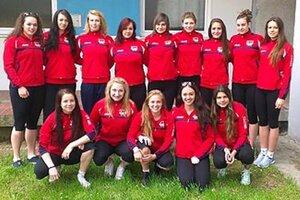 Dievčatá z COP Nitra získali strieborné medaily.