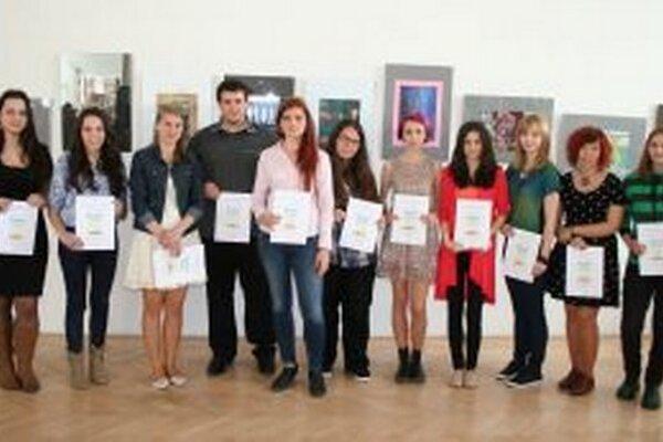 Ocenení študenti súťaže Plagát roka 2014.