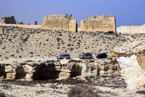 Chrám Taposiris Magna, postavený za vlády panovníka Ptolemaia II. v Burk al-Arab, západne od Alexandrie.