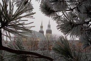 Pohľad na Hrubý kostol