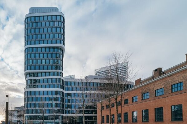 Kancelárska budova SKY PARK Offices, skolaudovaná spoločnosťou Penta Real Estate.