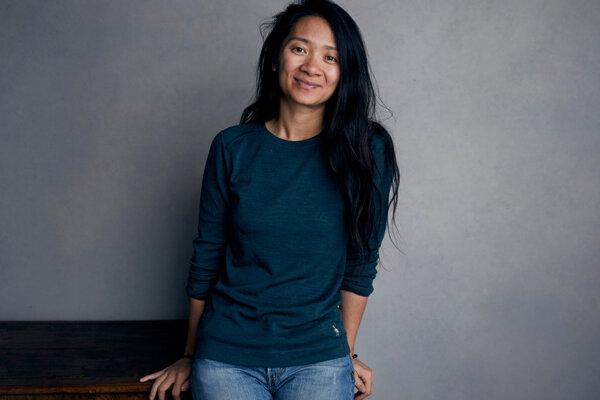 Chloé Zhao je jedna z troch režisériek, ktoré sú v tomto roku nominované na Zlaté glóbusy.