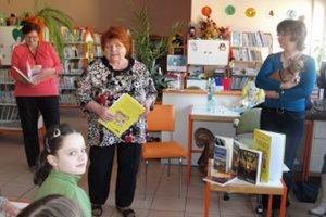 Lenka Gahérová besedovala s deťmi v krajskej  knižnici v Nitre.
