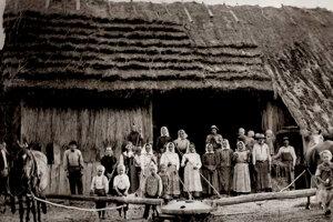 Slováci žili v Lipovľanoch od konca 19. storočia.