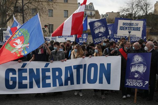 Podporovatelia krajne pravicového hnutia Generácia identitárov.