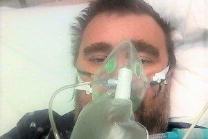 Roman Podhradský bol šesť dní nepretržite napojený na prístroj s vysokým prietokom kyslíka.