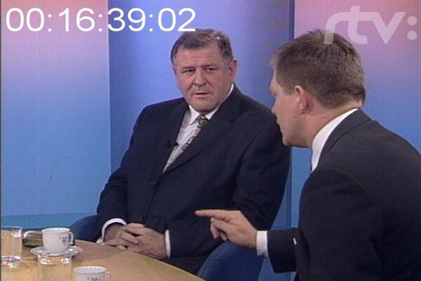 Diskusia medzi Robertom Ficom a Vladimírom Mečiarom v relácii O päť minút dvanásť v roku 2002.