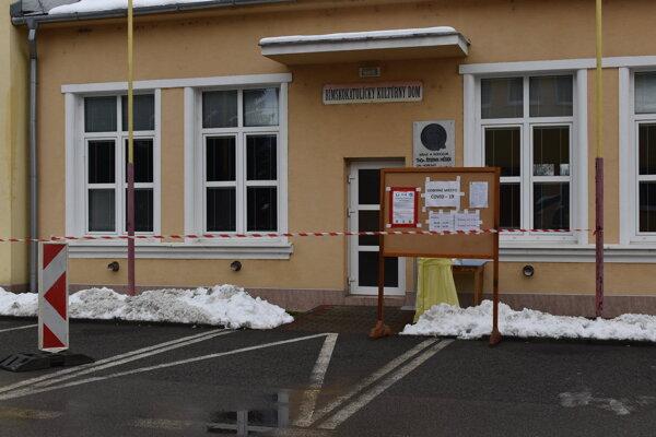 V obciach Zemplína pravidelne testujú.