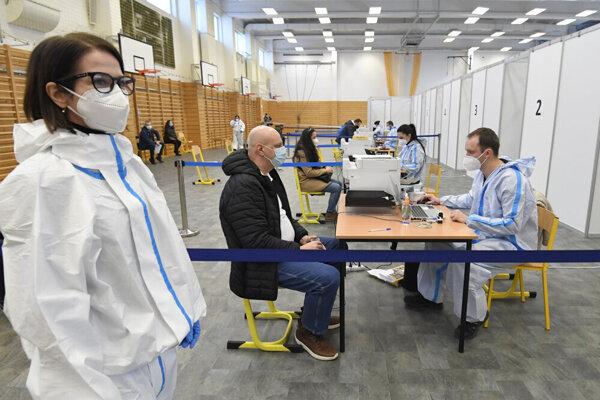 Veľkokapacitné očkovacie centrum v Košiciach.