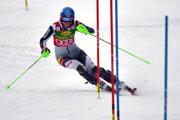 Petra Vlhová počas slalomu v Jasnej 2021.