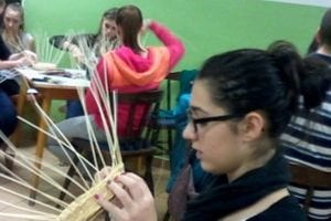 Študenti využili svoju fantáziu, zručnosť, tvorivosť a nápaditosť.