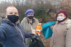 Nitrančania vzali iniciatívu do vlastných rúk a pustili sa do čistenia svojho okolia.
