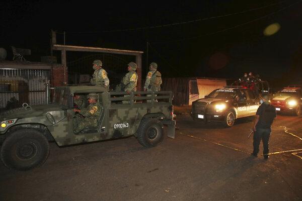 Do pátrania po členoch mexického gangu povolali aj vojakov.