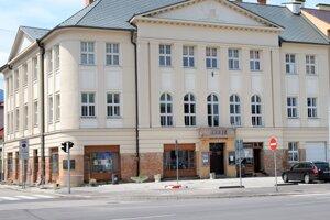 Z dotácií sa bude renovovať aj interiér bývalej budovy Advokátsej komory, kde momentáne sídli CVČ Kamarát.