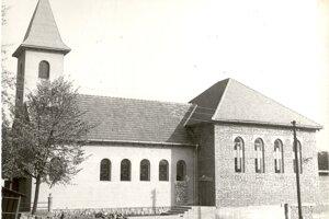 Prístavba kostola rok 1976.