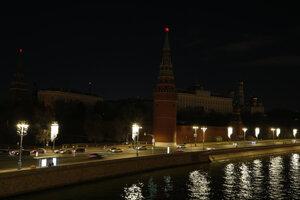 Do tmy sa zahalil aj moskovský Kremeľ.