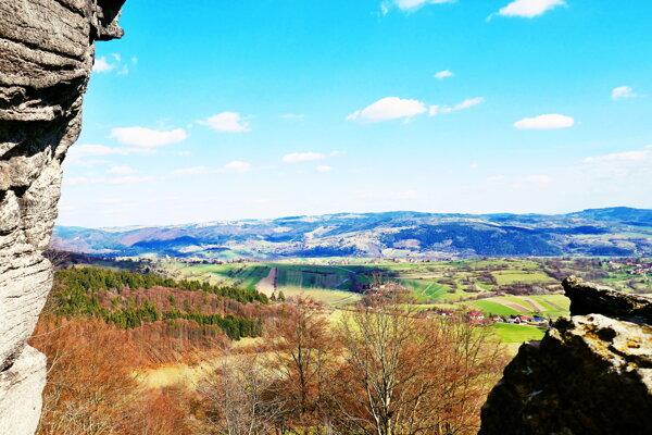 Výhľad z Melichovej skaly.