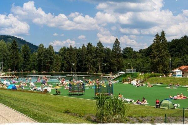 Sninské rybníky sú pre Sninčanov miestom pre relax i šport.