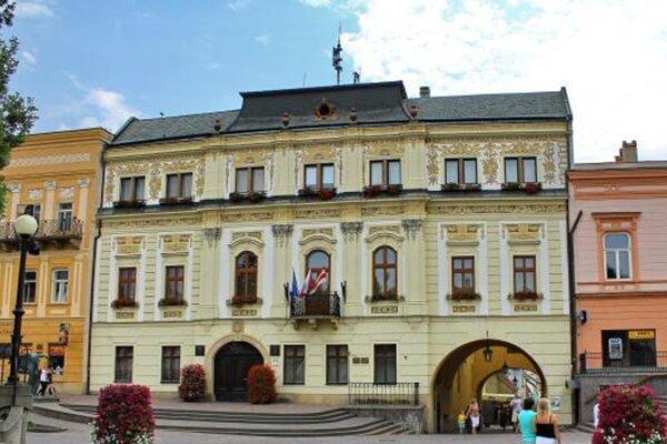 Zhromaždenie sa má uskutočniť pred mestským úradom.