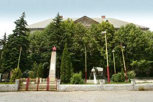 Pamätník osloboditeľom v Jelšave.