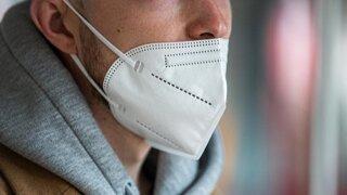 Dokedy ešte budeme musieť nosiť respirátory?