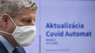 Prečo Lengvarský zastavil očkovanie Astrou a čo, keď už máte termín?