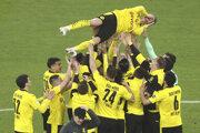 Lukasz Piszczek vyhral za Dortmund dvakrát Bundesligu a získal dva pohára.