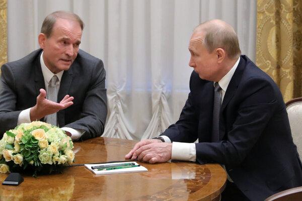 Viktor Medvečuk má blízky vzťah s Vladimirom Putinom.
