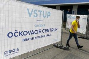 Národný futbalový štadión, v ktorom prebieha vakcinácia proti Covid-19 v priestoroch veľkokapacitného očkovacieho centra.