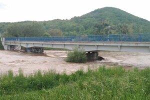Aj v Košiciach bola hladina Hornádu nebezpečne vysoká.