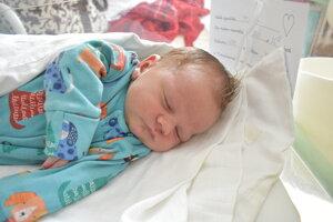 Matteo Bezák (4070 g, 52 cm) sa narodil 12. mája Sarah a Michalovi z Bánoviec nad Bebravou.