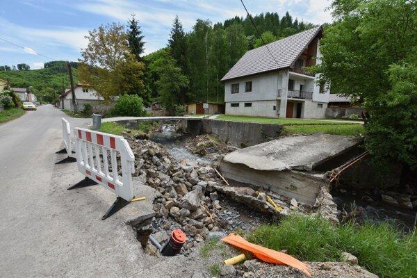 Škody po povodni v Rudne nad Hronom vyčíslili na 900-tisíc eur.