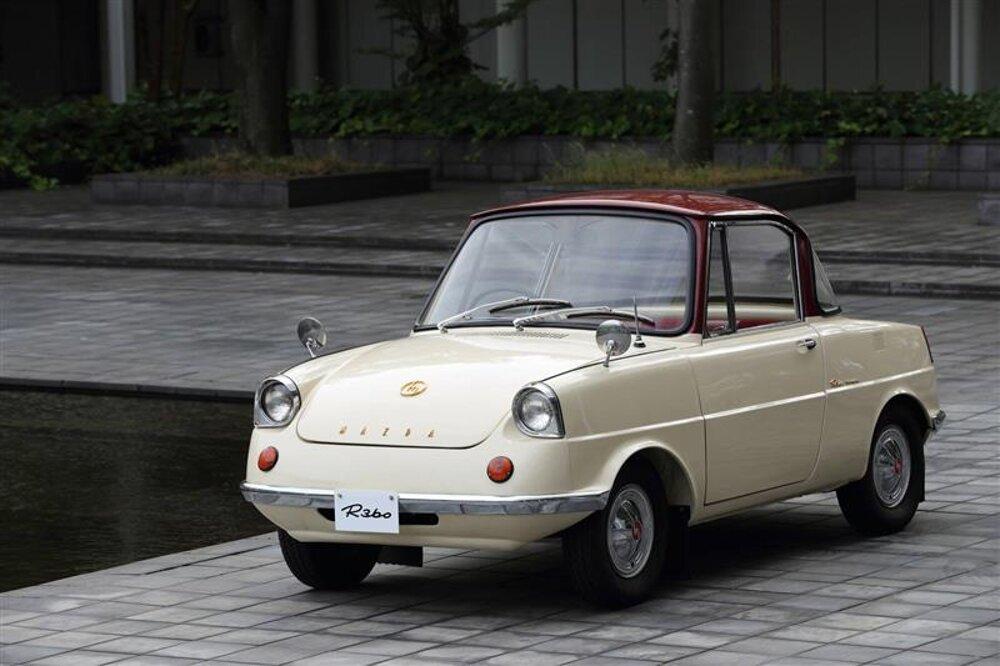 Prvý automobil od Mazda - R360 Coupé z roku 1960.
