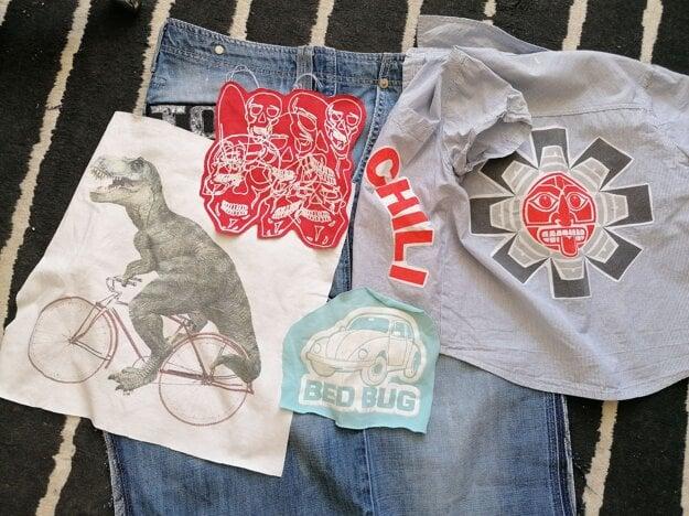 Vystrihnuté motívy z tričiek, ktoré sa dajú ďalej použiť.