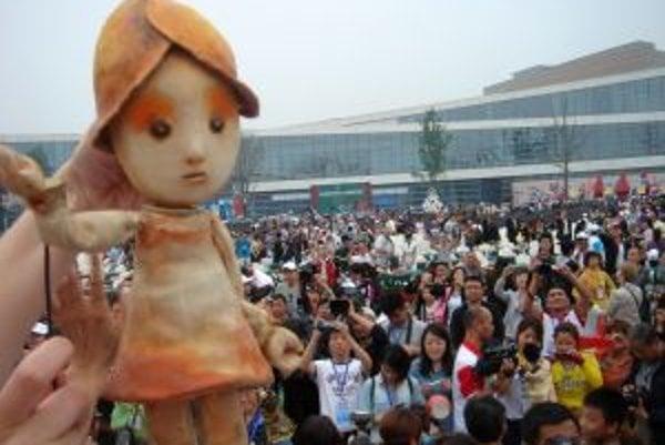 Palculienka sa v Číne páčila, aj keď sa hrala v inej atmosfére ako doma.