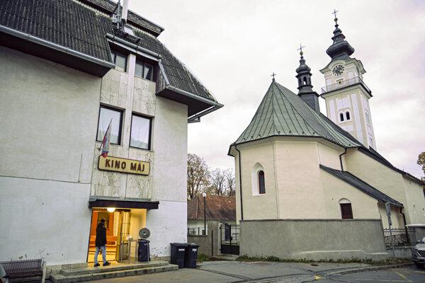 Kino Máj v Poprade - Veľkej.