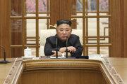 Mladí Severokórejčania sú prístupnejšívonkajším vplyvom aj spochybňovaniupevnej vlády Kim Čong-una nad KĽDR.