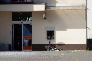 Výbuch bankomatu v Šoporni.